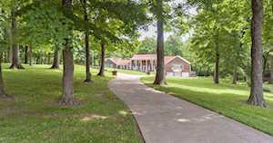 4911 Hickory Hollow Ln Shepherdsville, KY 40165