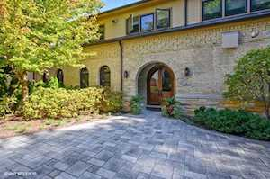 6 Cliff Rd Highland Park, IL 60035