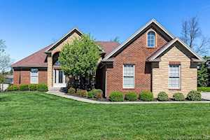 3635 Woodland Lakes Dr Floyds Knobs, IN 47119