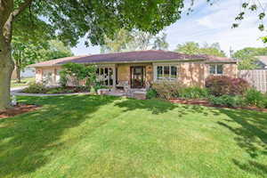 5627 S Catherine Ave Countryside, IL 60525