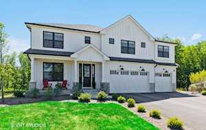 428 Woodland Chase Ln Vernon Hills, IL 60061