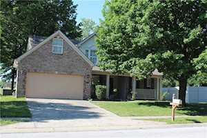 7223 Rolling Hills Drive Indianapolis, IN 46214