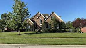 8314 Running Spring Dr Louisville, KY 40241