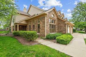 127 Willow Parkway Buffalo Grove, IL 60089