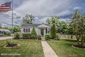 186 Hester St Shepherdsville, KY 40165