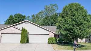 5528 Blairwood Drive Indianapolis, IN 46237