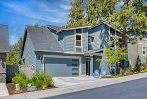 2356 NW Debron Ln Bend, OR 97703