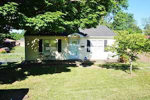 106 Debbie Avenue Lancaster, KY 40444