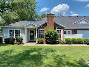 8610 Forest Way Dr Louisville, KY 40258