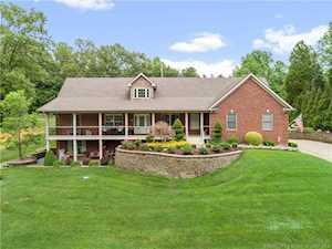 597 Country Club Estates Dr Corydon, IN 47112