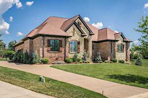 1301 Shakes View Ct Louisville, KY 40023