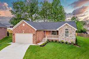 10901 Vantage View Ct Jeffersontown, KY 40299