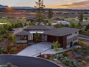 19250 Christopher Ct Bend, OR 97702