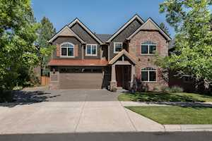 60868 Yellow Leaf St Bend, OR 97702