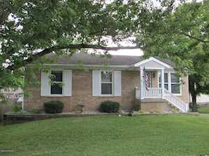 6643 Ashbrooke Dr Pewee Valley, KY 40056