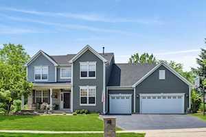 3838 Parsons Rd Carpentersville, IL 60110