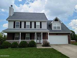 129 Westbourne Ct Radcliff, KY 40160