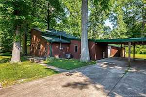 718 Meyers Grove Circle Clarksville, IN 47129