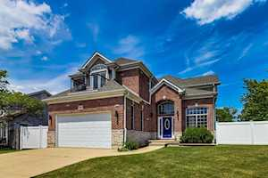 1001 Willowbrook Dr Wheeling, IL 60090