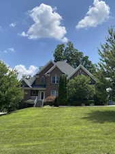6104 Gilliam Ct Crestwood, KY 40014