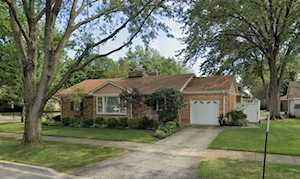 3900 Gilbert Ave Western Springs, IL 60558