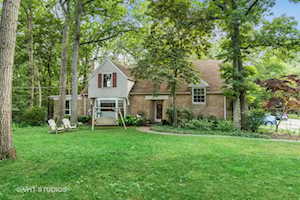 160 Lincolnwood Rd Highland Park, IL 60035
