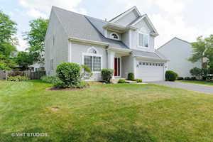 1043 Chesapeake Blvd Grayslake, IL 60030