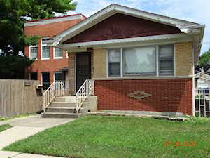 5315 N Nagle Ave Chicago, IL 60630