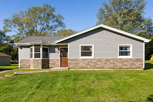 5746 Woodward Ave Downers Grove, IL 60516