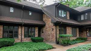1735 Mission Hills Rd Northbrook, IL 60062