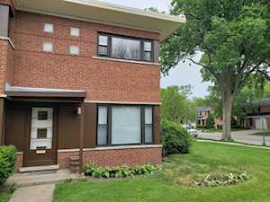 507 1/2 Ridge Rd Wilmette, IL 60091