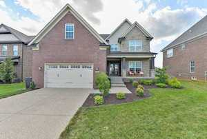 335 Links Dr Simpsonville, KY 40067
