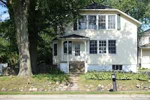 1304 N Arlington Heights Rd Arlington Heights, IL 60004