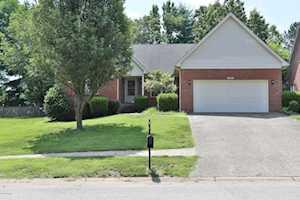 3227 Wynbrooke Cir Louisville, KY 40241