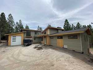 1183 NW Summit Dr Bend, OR 97703