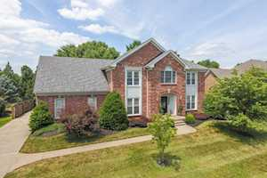3227 Trail Ridge Rd Louisville, KY 40241