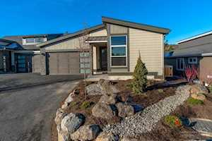 2626 Lot 39 NW Rippling River Ct Bend, OR 97703