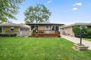 1328 S Vail Ave Arlington Heights, IL 60005