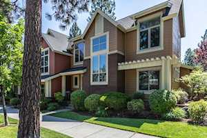 2543 NW Crossing Dr Bend, OR 97703