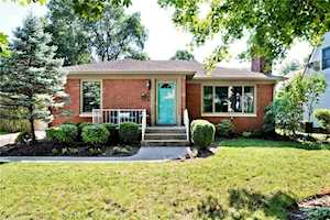 5933 Rosslyn Avenue Indianapolis, IN 46220