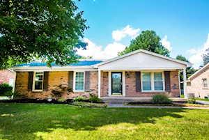 424 Whiteheath Ln Louisville, KY 40243