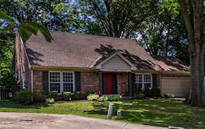 414 Lochinvar Pl Louisville, KY 40243