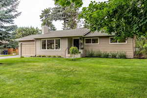 1241 NE 6th St Bend, OR 97701