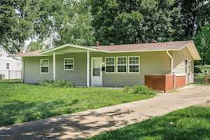 6001 Reigh Count Dr Louisville, KY 40272