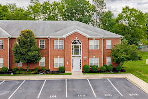 9308 Pine Lake Dr #102 Jeffersontown, KY 40220
