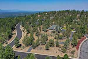 1612 NW Promontory Dr Bend, OR 97702