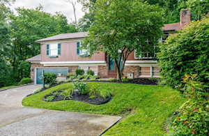1216 Constitution Dr Louisville, KY 40214