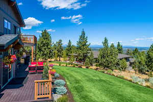 3274 NW Colonial Dr Bend, OR 97701