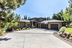 997 NW Yosemite Dr Bend, OR 97701