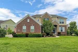 8791 Spring Violet Place Zionsville, IN 46077